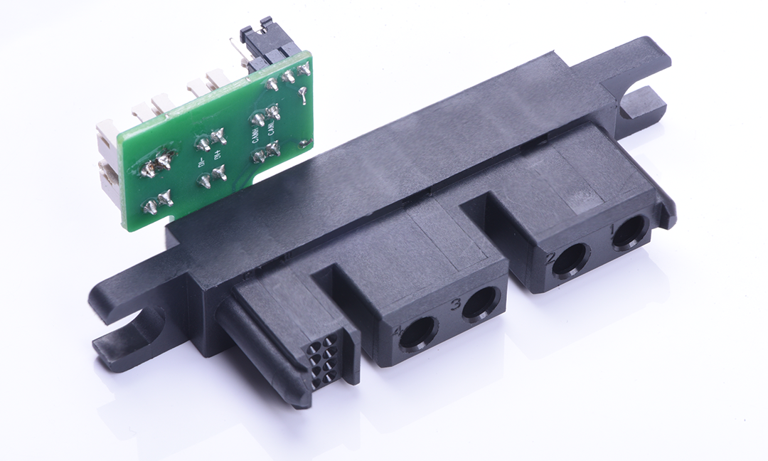 Txga, a professional high-voltage connector manufacturer, produces various types of high-voltage connector products with sufficient inventory, fast delivery, support customization and one-stop procurement.